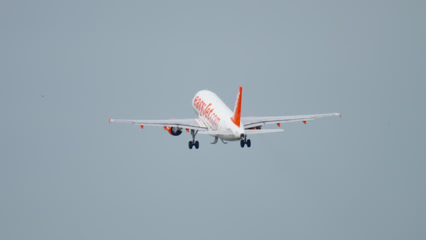AMSTERDAM, THE NETHERLANDS - JULY 25, 2017: EasyJet Airbus 320 G-EZOB take-off at Polderbaan 36L, Shiphol Airport, Amsterdam, Holland