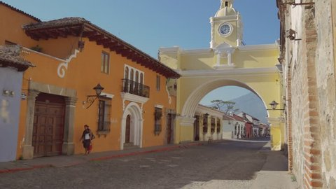 Emblematic square in the bright morning of Antigua, Guatemala. 4k