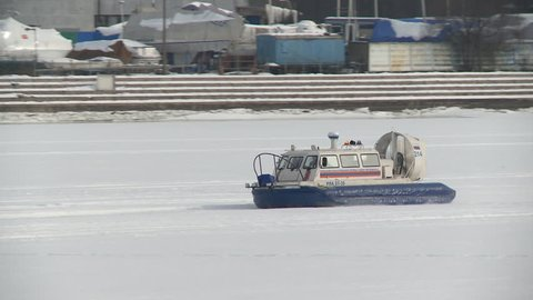 Smal hovercraft moving on frozen river video