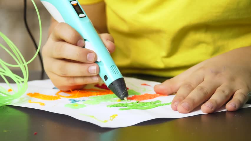 Drawing 3D pen | Shutterstock HD Video #1009565357