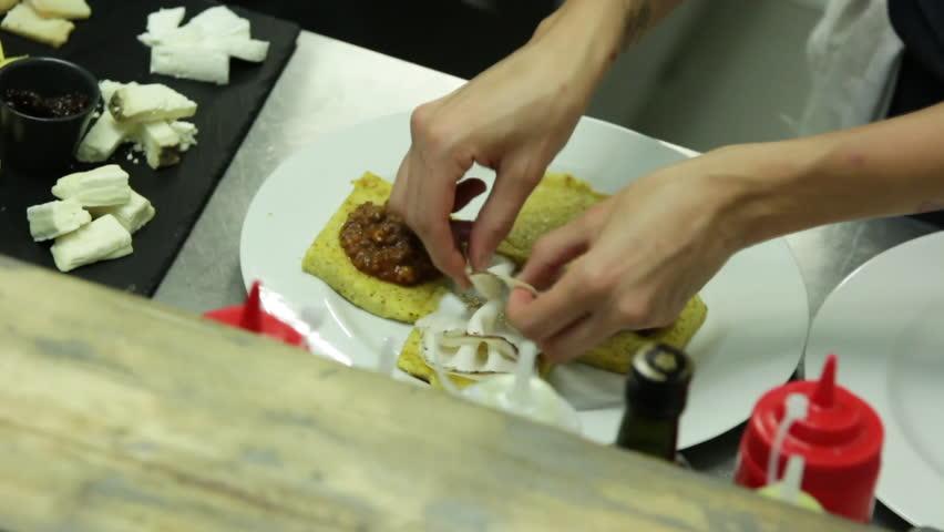 Flavoring polenta slices