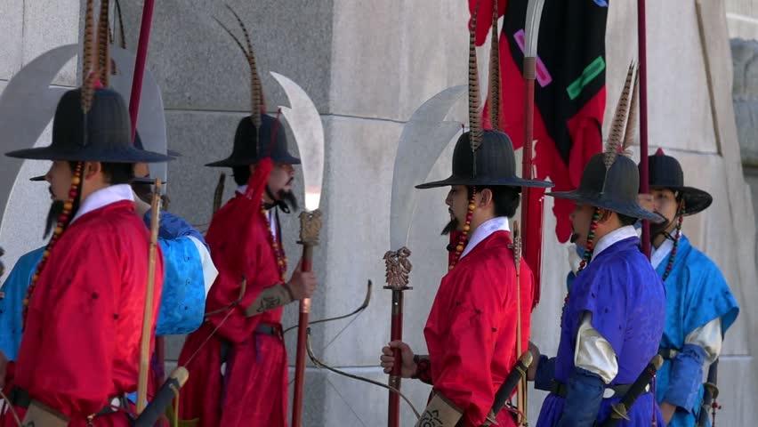 SEOUL, SOUTH KOREA - MAY 19, 2018: Changing Guards Ceremony at Gyeongbokgung Palace | Shutterstock HD Video #1012455737