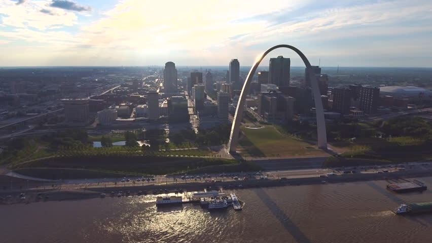 St. Louis Arch and skyline aerial 6 | Shutterstock HD Video #1016589007