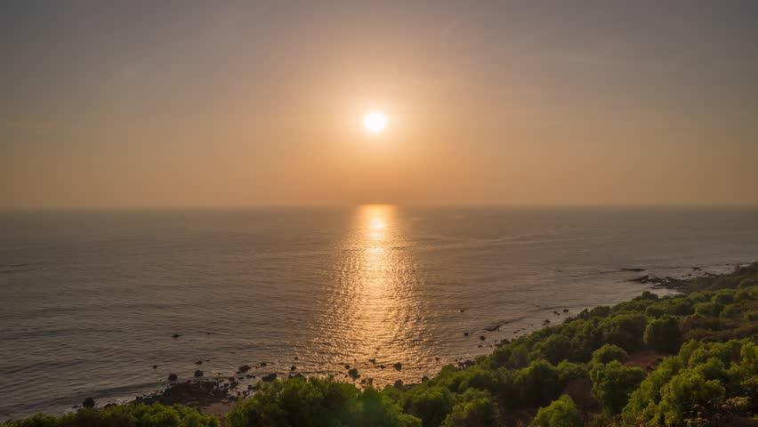 Sunset sun light coastline panorama 4k timelapse india | Shutterstock HD Video #1026829127
