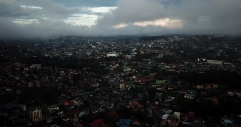 Clouds moving into Baguio City, Pinsao in the afternoon in 4K.