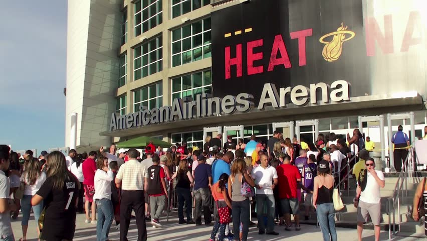 MIAMI  - APRIL 11: