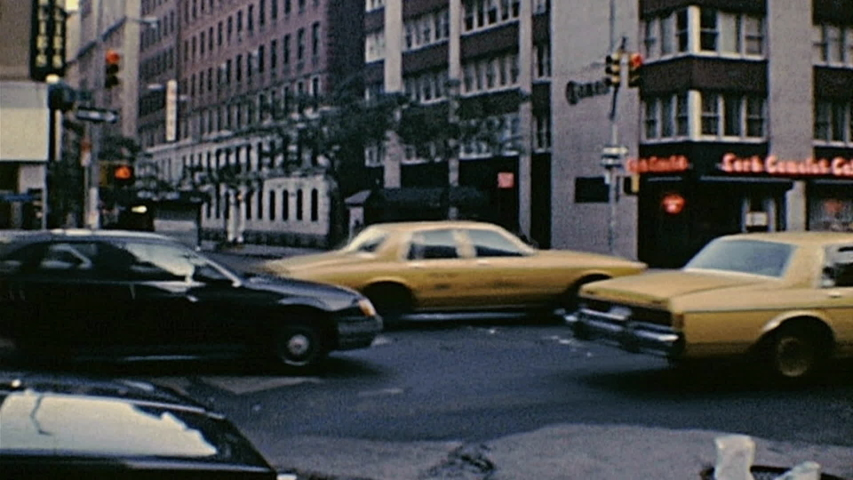 New York 1988: yellow taxis in the street