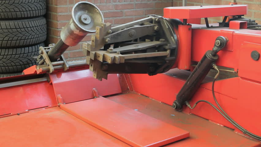 Truck Tire Change Machine Demonstration Stock Footage Video (100%  Royalty-free) 10701317 | Shutterstock