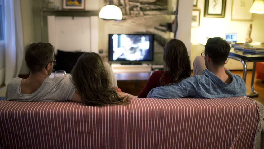 comparison between watching movies at home What is the different between watching a movie at home or at a theatre with larger tv's and better home surround sound though the differences are shrinking.