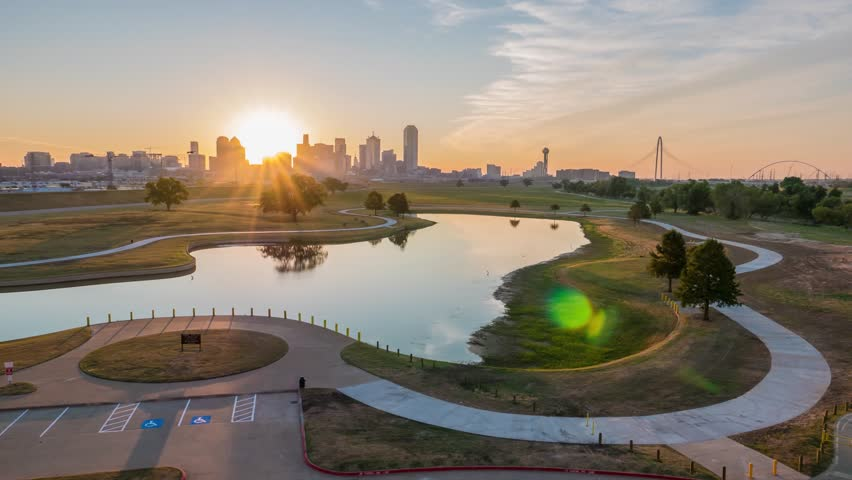 Dallas Skyline Time Lapse Sunrise 12sec Ver W Great Sky Lake