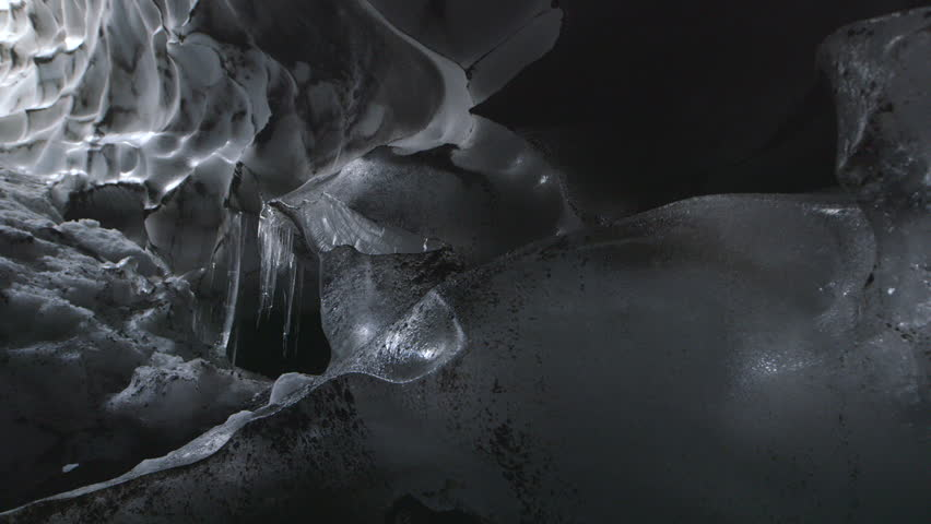 MS PAN View of ice formations in ice cave / Mount Erebus, Antarctica
