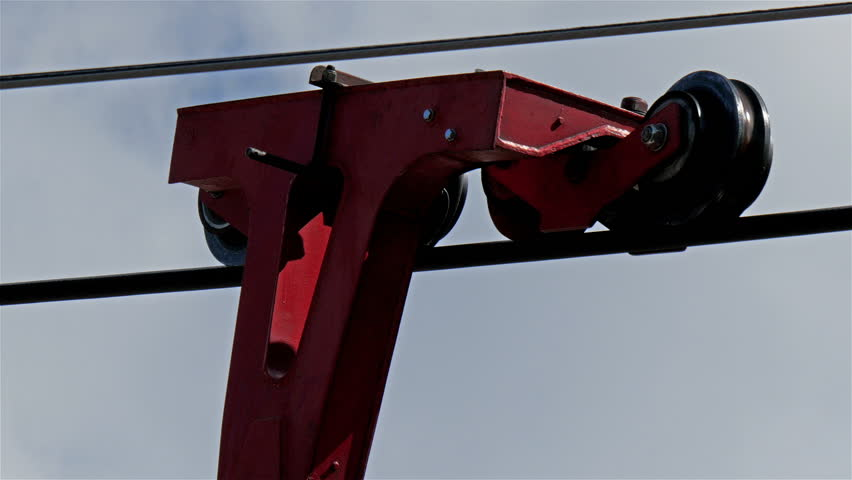 The cables and levers of the cable cars. This will make the cable cars travel from one point to other