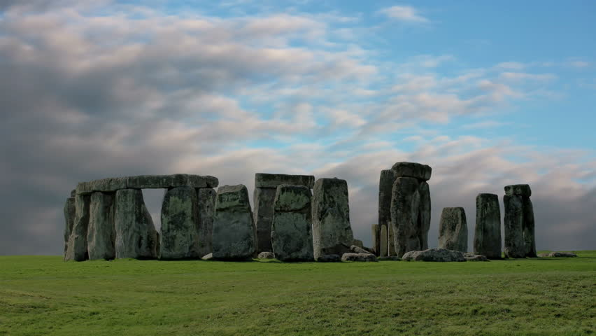 Stonehenge with cloud time lapse. N1