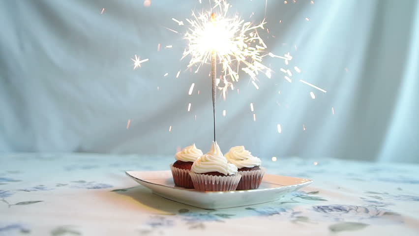 Cupcake With Bow And Candle Happy Birthday Card Holidays Greeting Stockvideos Filmmaterial 13759007