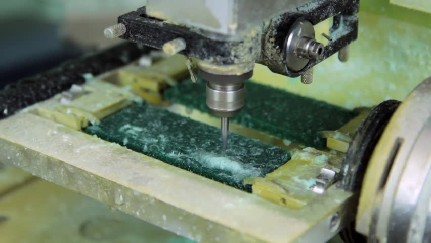 Making Copy Jewelry Plastic In Milling Machine Production And