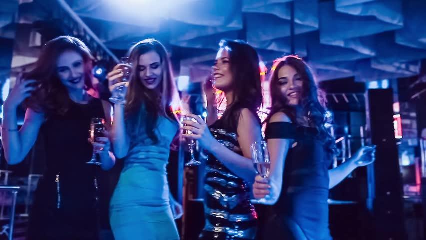 girls-at-party-pics-vids-wife-lobes-blacks