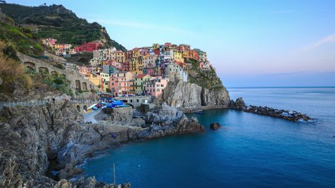 Manarola is one of the oldest and most beautiful towns in the Cinque Terre, Italy(30fps)