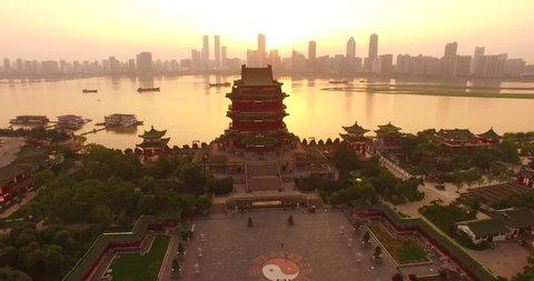 Jiangxi Nanchang River on both sides of the Pavilion of Prince Teng