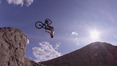 Extreme Bike Rider doing Back Flip - Dirt Jumping Mountain Bike