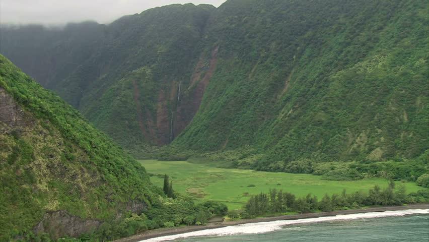 Waipio Valley Waterfalls, Hawaii