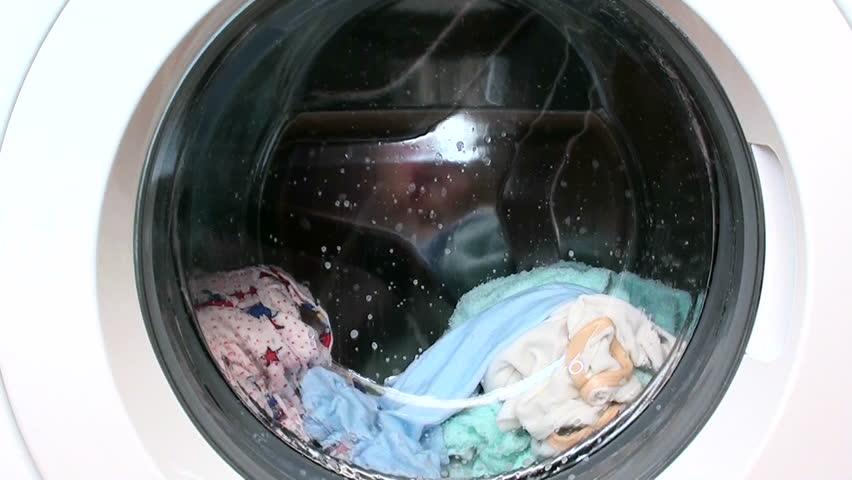 Washing machine washes clothes