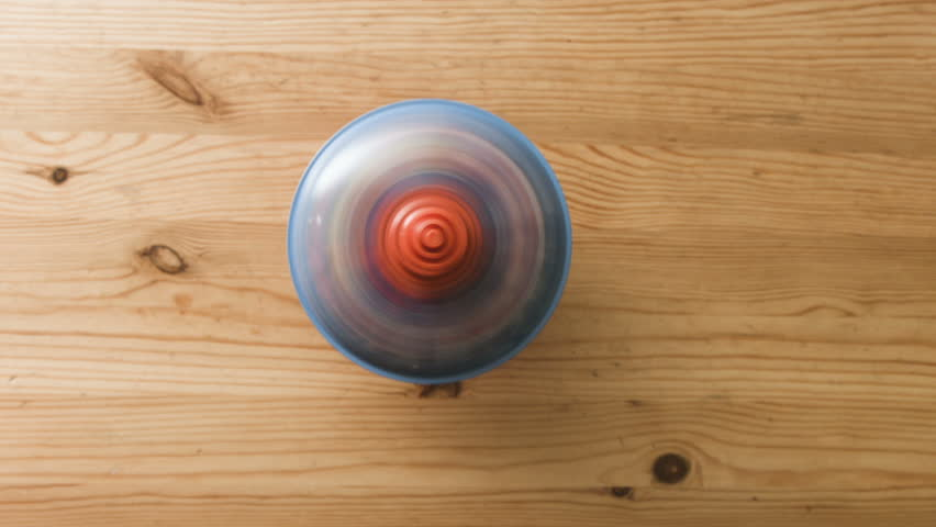 Header of spinning top