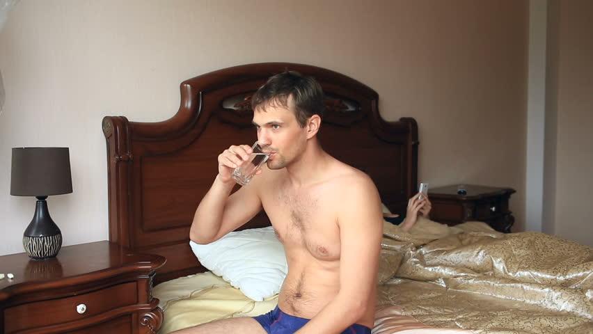 Секс женщина мальчик и мужчина видео