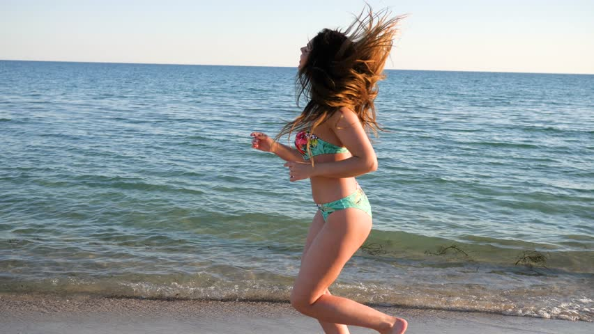 lovers-sleeping-girls-giving-a-piggyback-in-bikini-nepali