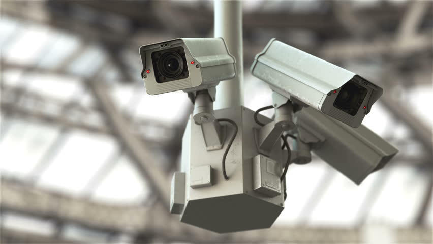 Security cameras scanning the street in 4K