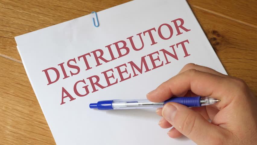 Header of distributor