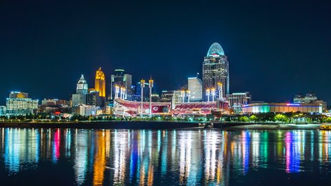 Ohio River at night time lapse cincinnati skyline 4K 1080P - Time lapse of cincinnati ohio skyline at night with river