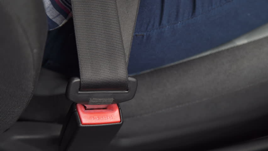 the meaning of seat belts in safe driving Even as few as 30 years ago, in 1982, only 11% of drivers used seat belts ever attempt to generally encourage safe driving  2018 myparkingsign blog.