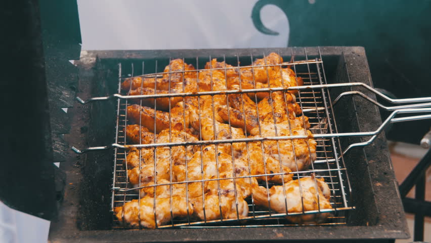 chicken on the grill bbq on the boat barbecue mount with grill attached on 10003