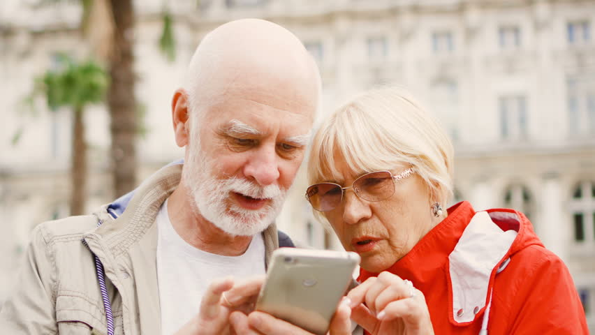 Older Younger Dating Sites