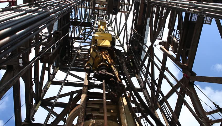 Top Drive System (TDS) Spinning for Oil Drilling Rig - Oilfield Industry