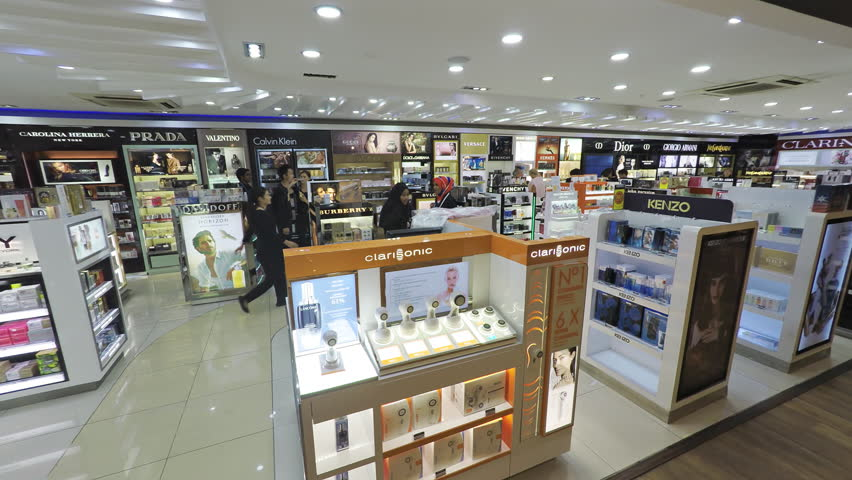 MALDIVES - CIRCA DEC 2016: Luxury branded merchandise for sale at a duty free shop at the airport in the Maldives. Video FullHD 1080p
