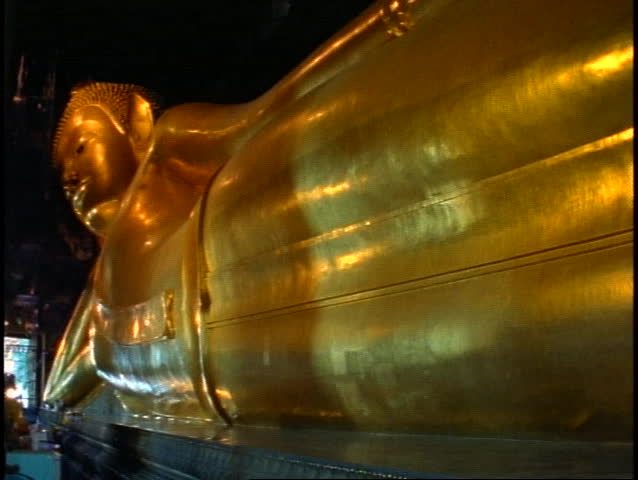 Temple of the Reclining Buddha, The Golden Buddha, wide shot pan left of long gold body