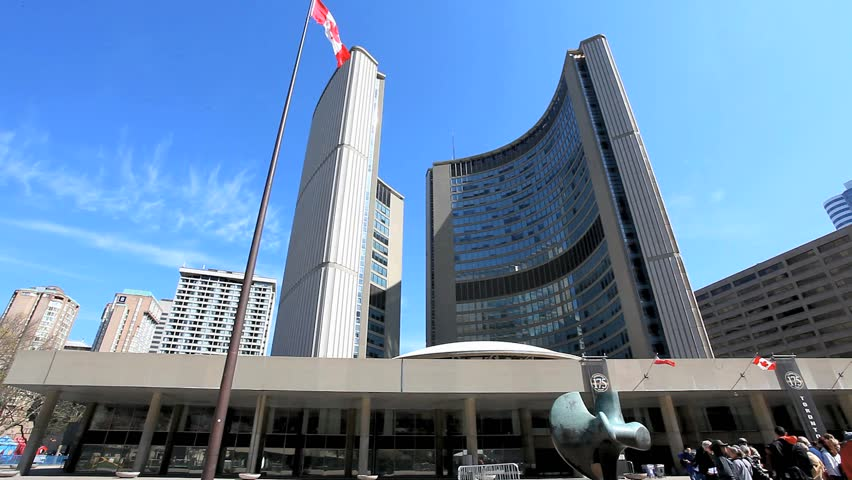 The new Toronto City Hall and Nathan Philips Square