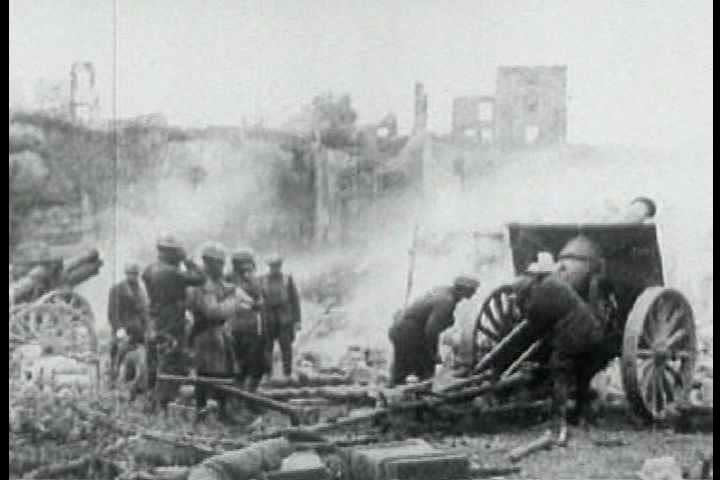 1910s - Artillery fire during World War One, 1918.