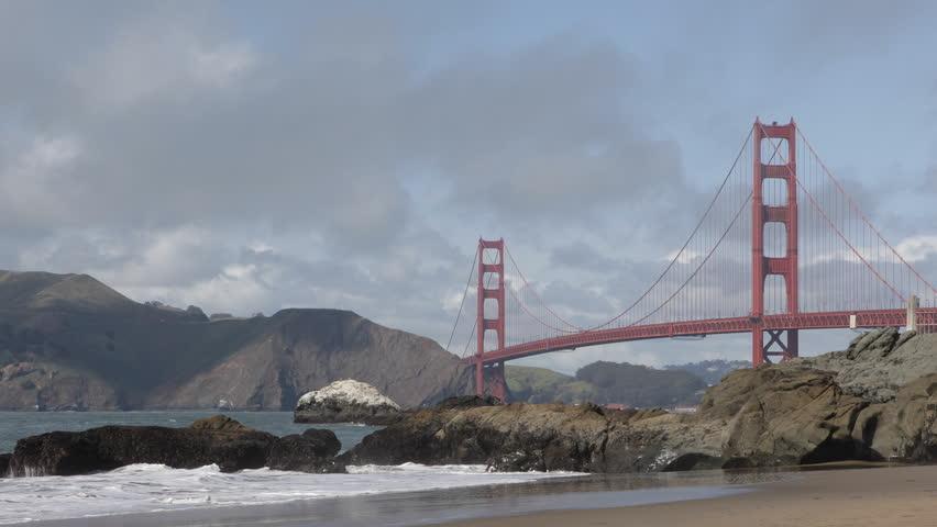 nudes on the golden gate bridge