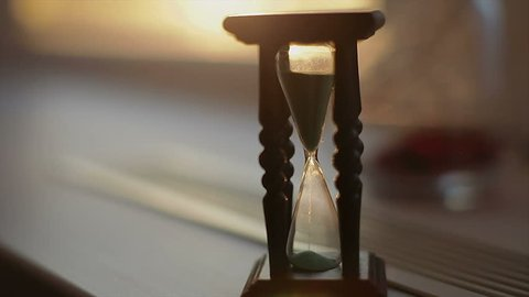 Slide the camera near the hourglass