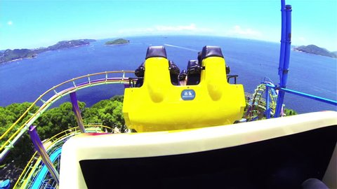 HONG KONG - August 4,2013 : The Ocean Park. Train roller coaster that has been popular. And beautiful scenery.