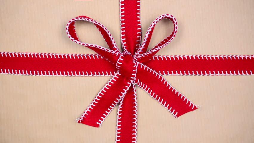 unwrapping gift, chroma key