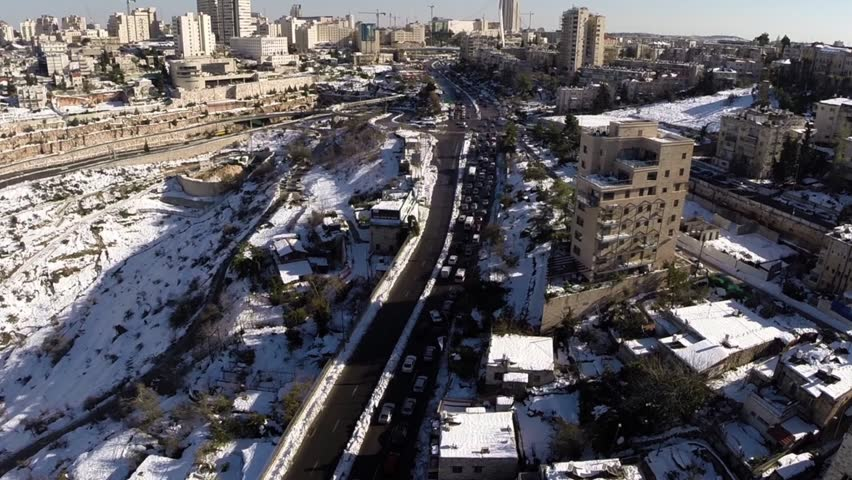 Jerusalem roads in the snow Beautiful video flying over the main entry roads into Jerusalem