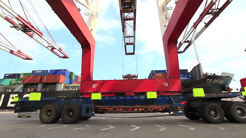 Qingdao - circa 2013: container throughput 15,520,000 TEUs. Owns 153 container routes, including international routes 124 per month more than 700 flights to and from classes around the world.