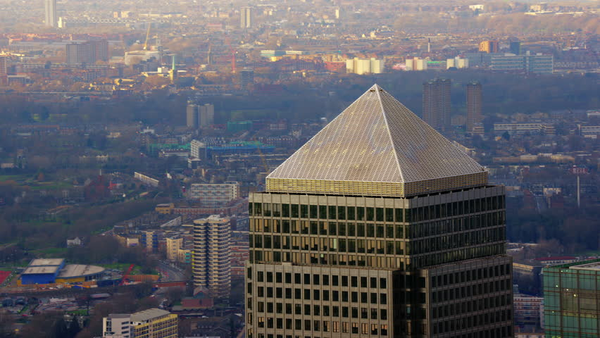 4K Aerial shot of Central London with view of Canary Wharf, One Canada Square