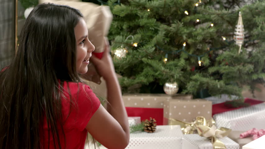 fucking awesome brunette under the christmas tree  476334