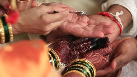 Indian Hindu Wedding Rituals in Maharashtra