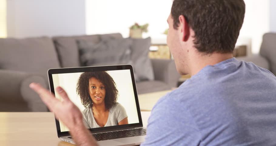 Online dating stranger chat