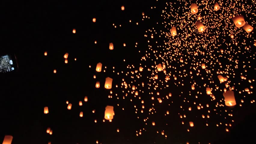 CHIANG MAI, THAILAND-Oct 25:Yee Peng Festival - people release floating lanterns to sky for make a wish for the future in Yee Peng Festival on October 25, 2014 in Chiang Mai, Thailand #7737217